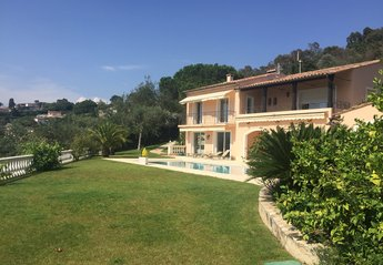 4 bedroom Villa for rent in Cannes