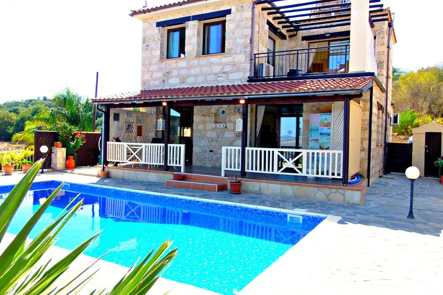Villa in Cyprus, Stroumbi