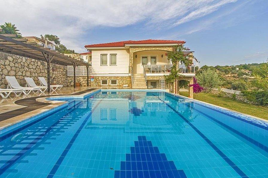 Villa in Turkey, Karadere