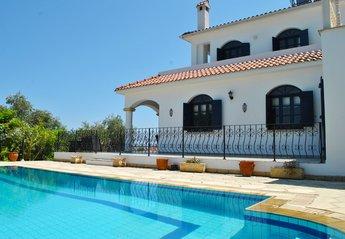 Villa in Cyprus, Karsiyaka