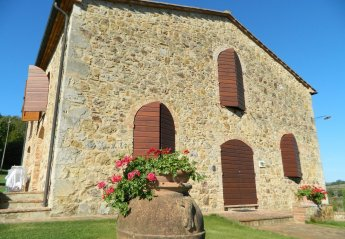 0 bedroom House for rent in Casole d'Elsa
