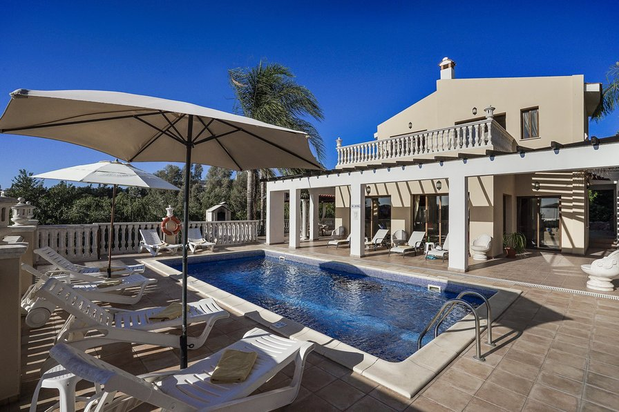 Villa To Rent In Coral Bay Cyprus With Private Pool 189116