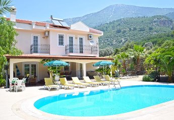 8 bedroom Villa for rent in Olu Deniz