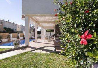 3 bedroom Villa for rent in Sitges
