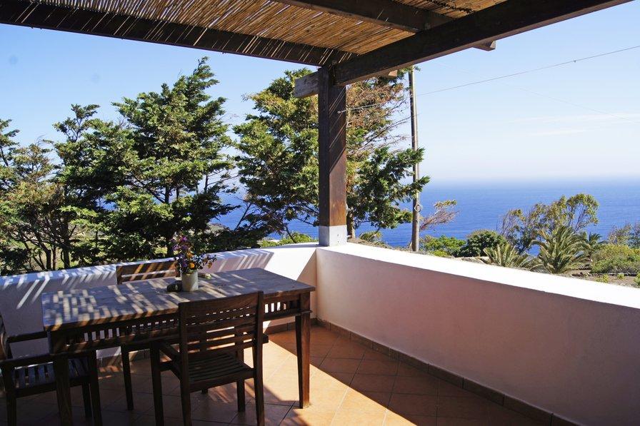 Apartment in Italy, Pantelleria