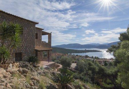Villa in Korfos, Greece