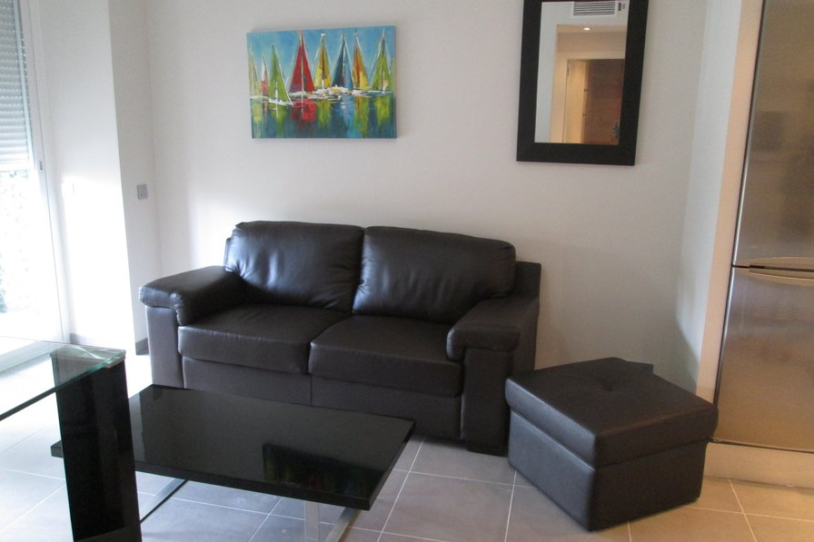 Central Marbella Holiday Apartment 3 minutes walk from beach
