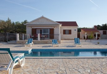 Villa in Croatia, Supetar: Holiday home Mirca, Brac Island