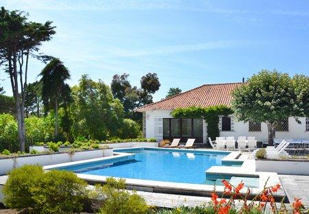 Villa in Praia das Maçãs, Lisbon Metropolitan Area