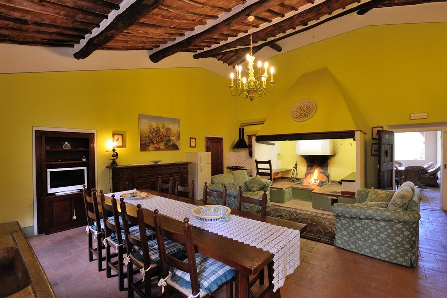 Apartment in Italy, Sovicille