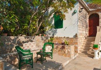 House in Croatia, Sumartin: Exterior, Holiday home Pupa, Sumartin, Brac Island