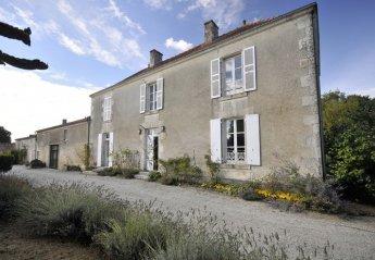 Villa in France, Pouillé