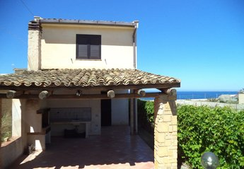 2 bedroom Villa for rent in Mazara del Vallo