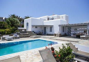 Villa in Greece, Kalafati