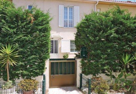Villa in Algueirăo-Mem Martins, Lisbon Metropolitan Area: