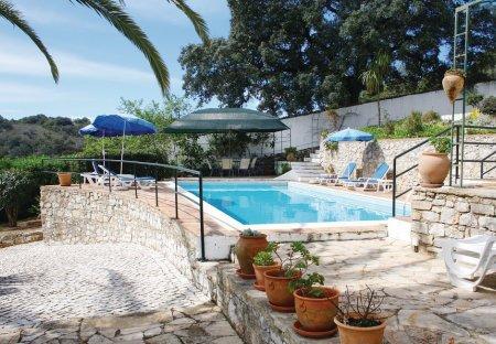 Villa in Corotelo, Algarve