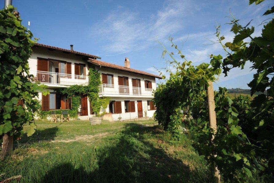 The Grape Pergola House in Cascina Bricchetto Langhe, Italy