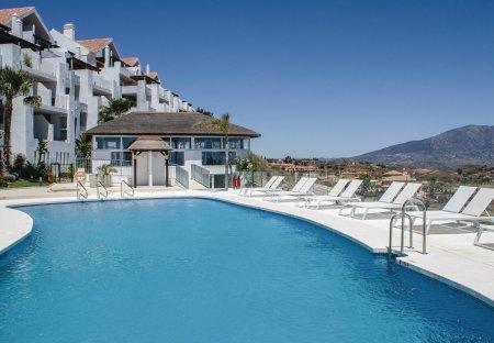 Apartment in Cortijo Colorado, Spain