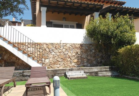 Villa in Santa Maria de Llorell, Spain