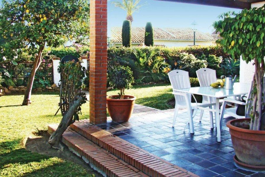 Villa to rent in Torremolinos