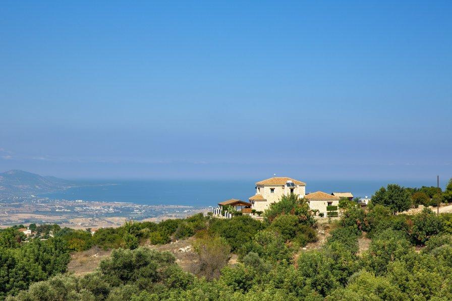 Villa in Cyprus, Peristerona