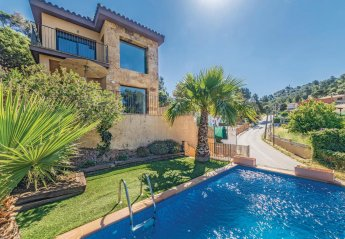 3 bedroom Villa for rent in Santa Susanna