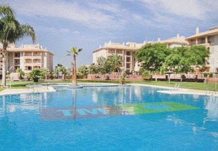 Apartment in Laguna Golf, Spain