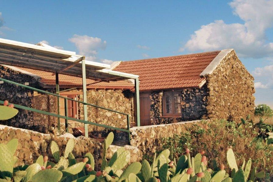 Villa in Spain, El Pinar de El Hierro: OLYMPUS DIGITAL CAMERA