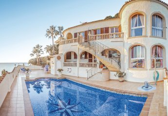 7 bedroom Villa for rent in Calpe