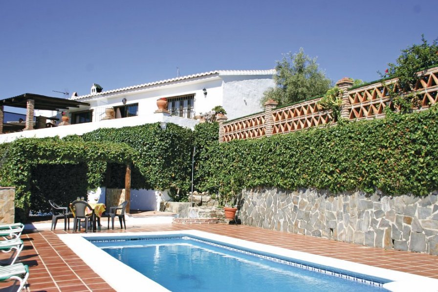 Villa To Rent In Frigiliana Spain With Swimming Pool 190259
