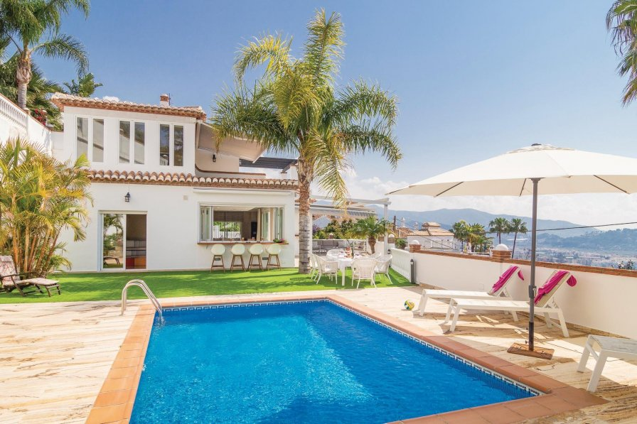 Villa To Rent In Almu Car Spain With Swimming Pool 190311