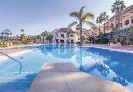 Apartment in La Duquesa Golf & Country Club, Spain