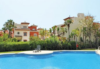 2 bedroom Villa for rent in Estepona