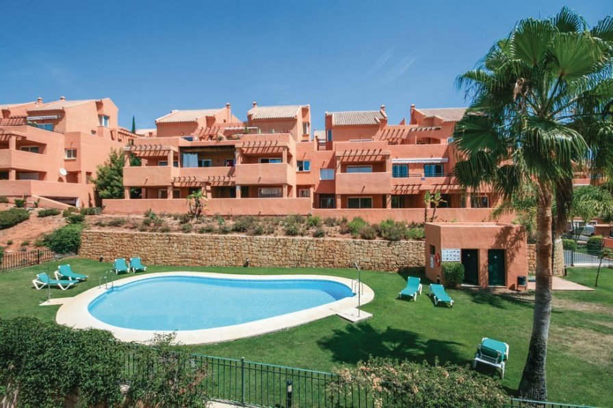 Apartment to rent in Marbella, Spain with shared pool | 190388