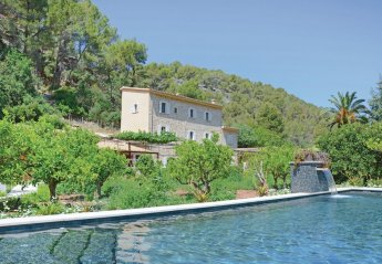 6 bedroom Villa for rent in Soller