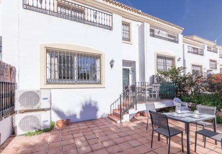 Villa in Alhaurin Golf, Spain