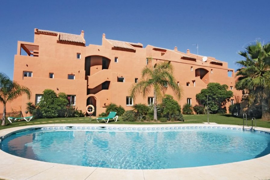 Apartment To Rent In Marbella Spain With Shared Pool 190582