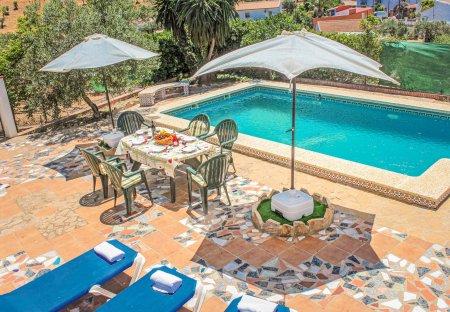 Villa in Bermejo-Caracuel, Spain