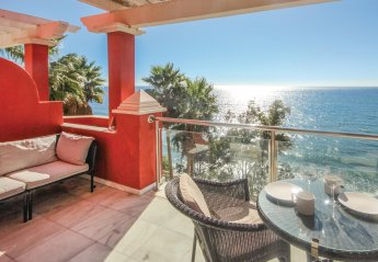 Apartment in Alcazaba Beach