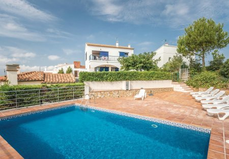 Villa in Camp dels Pilans, Spain