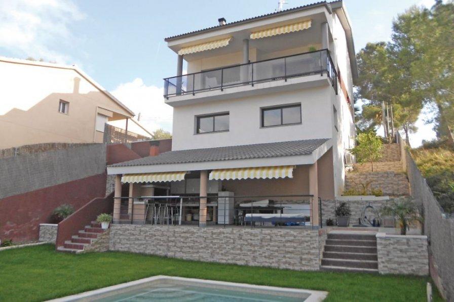 Villa in Spain, Les Amèriques