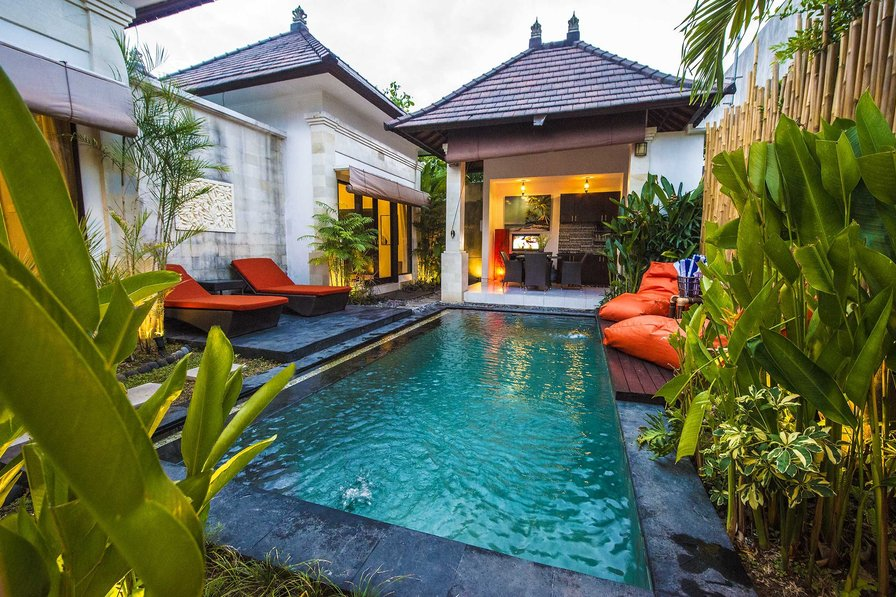 "2-BEDROOM-LUX-POOL-VILLA ""Hidden Oasis 1"" Seminyak!"