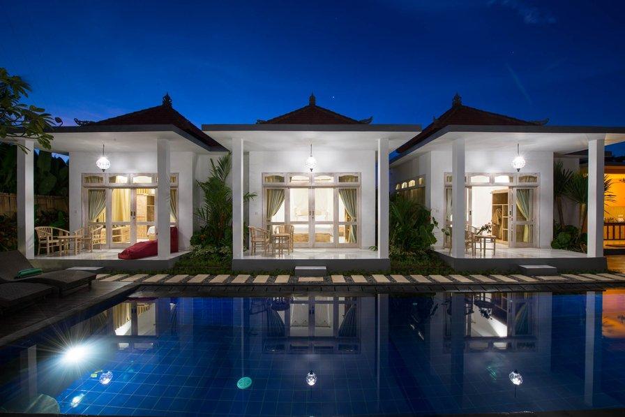6BR Famous Pool Villa in Jimbaran