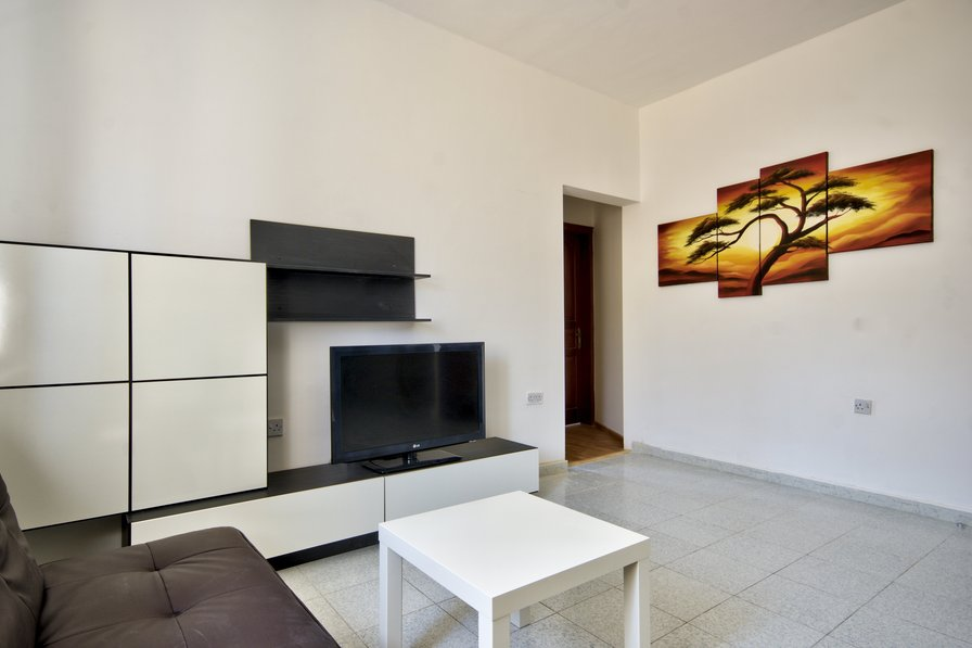 St Julians Hill 2-bedroom Apartment
