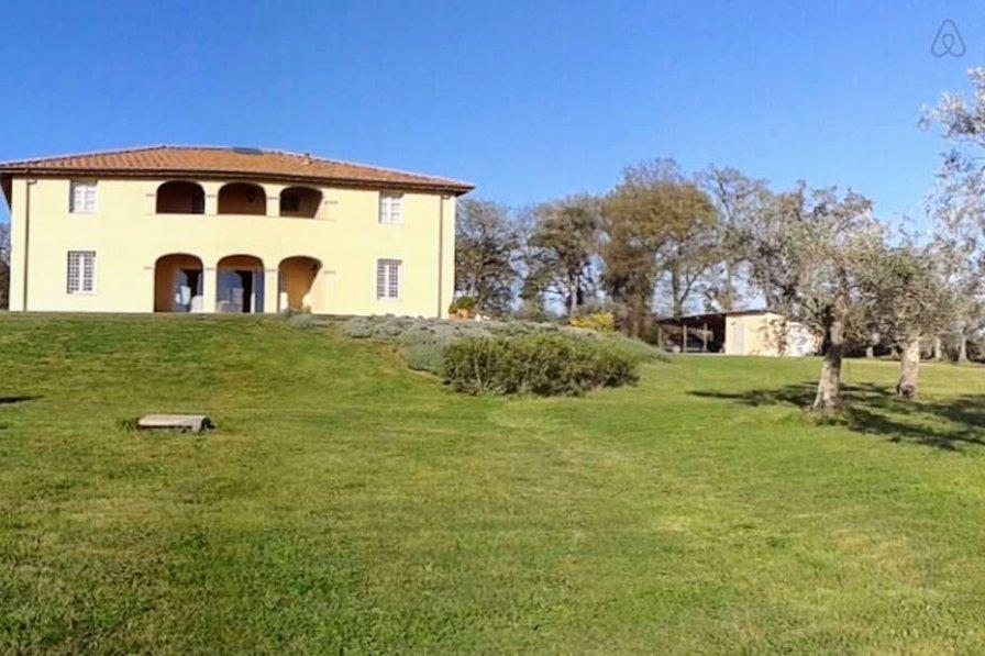 Villa in Italy, Castellina Marittima