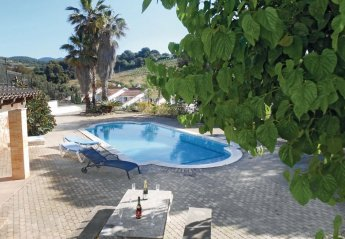 5 bedroom Villa for rent in Portimar