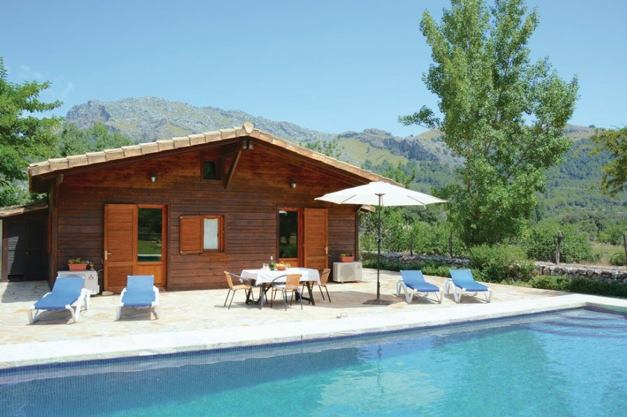 Pattaya Villa Rental With Private Pool