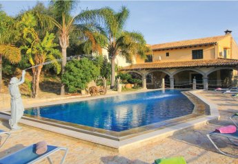 6 bedroom Villa for rent in Selva