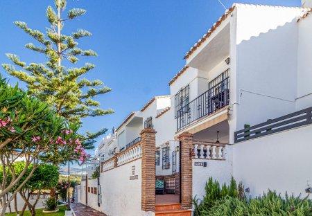 Villa in Urbanizacion Almijara 2 Sur, Spain