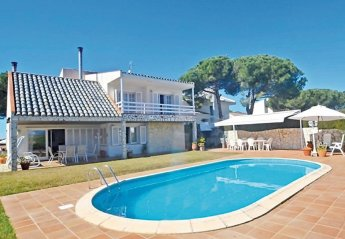 4 bedroom Villa for rent in Arenys de Mar